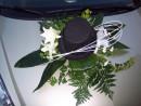Svatební kytice na auto